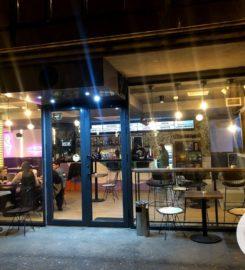 Vlog-in Cafe